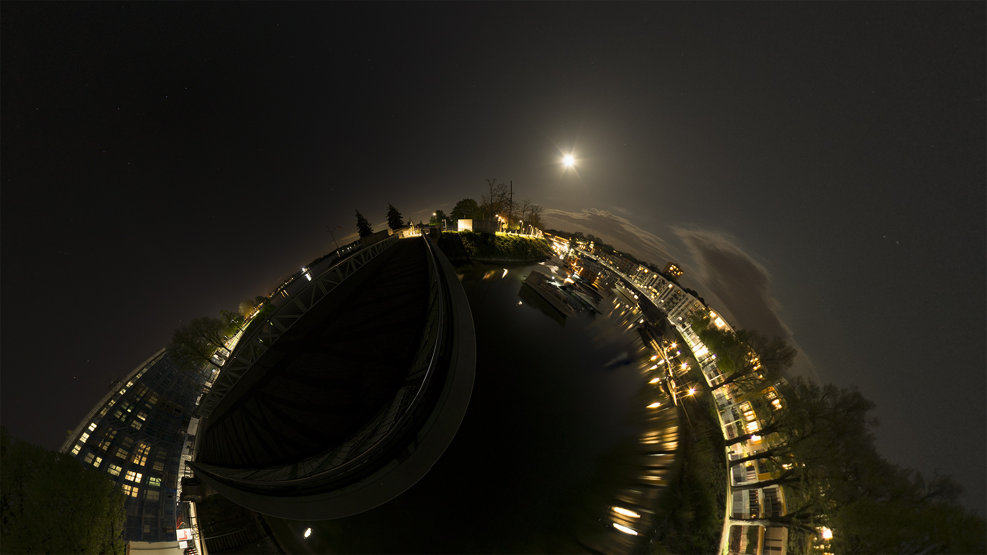 360° Fotografie als little planet - Winterhafen in Mainz