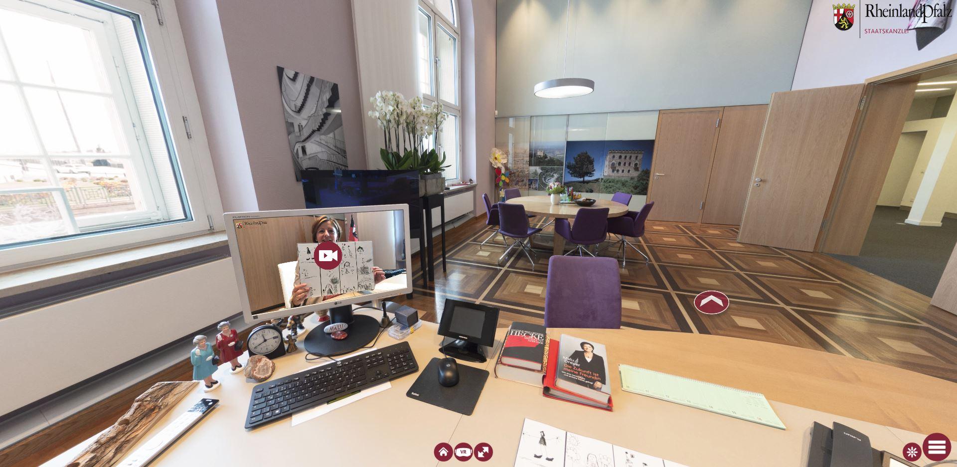Am Schreibtisch von Ministerpräsidentin von Rheinland-Pfalz: Malu Dreyer